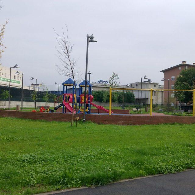 Parco giochi di Via San Francesco, Muggiò